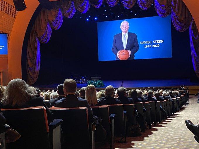 斯特恩追悼会今日于纽约举行,姚明贾巴尔等人出席仪式