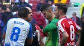 GIF:奎利亚尔拖延时间吃到黄牌,累计两黄被罚下