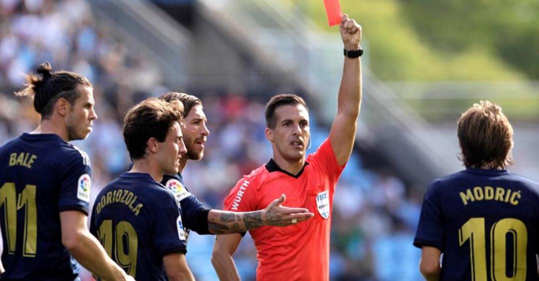 马德里德比裁判确定,曾向莫德里奇出示争议红牌