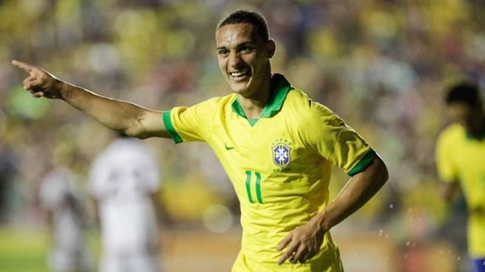 重燃希望?巴西媒体:多特有机会签下圣保罗边锋
