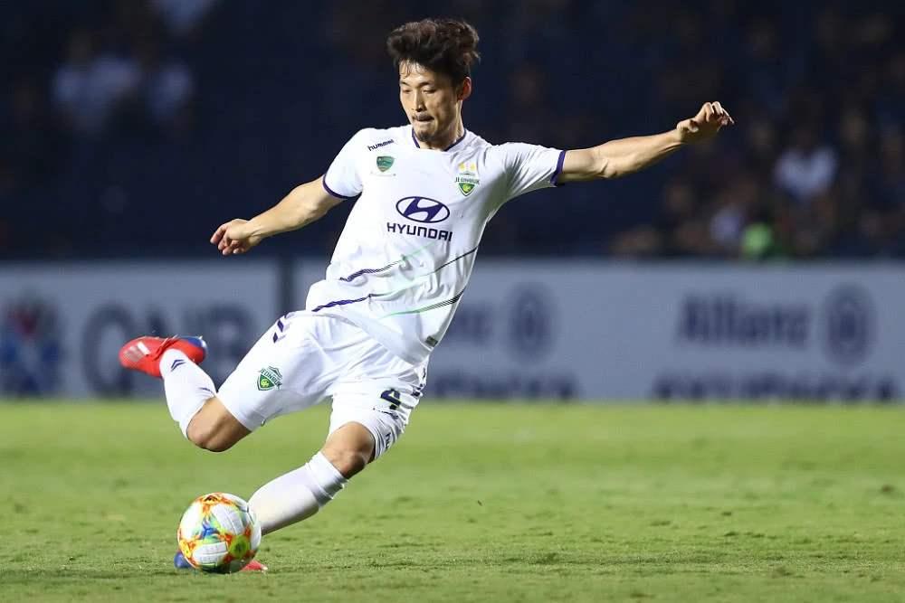 京媒:前申鑫球员徐骏敏和韩国外援辛炯珉已与人和签约
