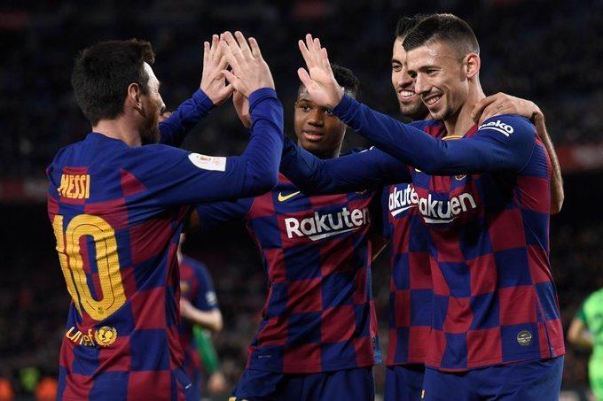 GIF:阿图尔补射破门,巴塞罗那锁定胜局