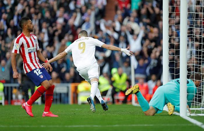 本泽马终结5轮进球荒,生涯首次在伯纳乌攻破马竞球门