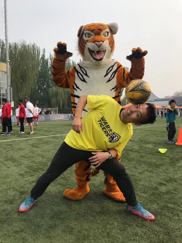 专访花足冯淼:花式足球不物化,只是不再街头