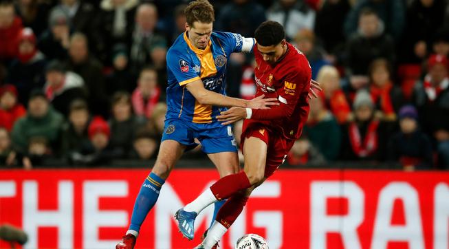 尼克-威廉姆斯造对手乌龙,利物浦1-0什鲁斯伯里晋级