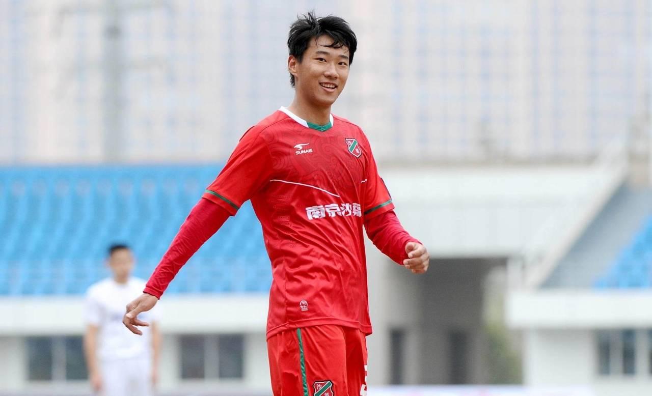 U23留洋球员袁征:质疑是我留洋的动力,希望能取得进步