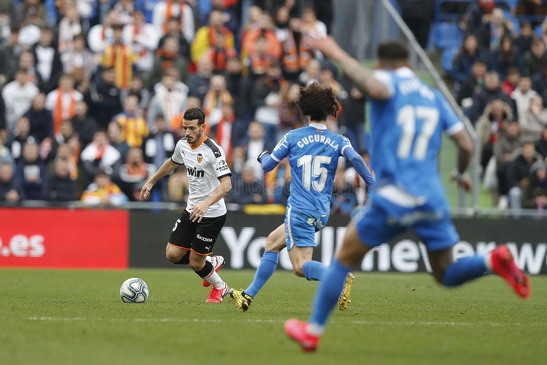 西甲生涯第二场比赛,弗洛伦齐严重犯规直接红牌被罚下