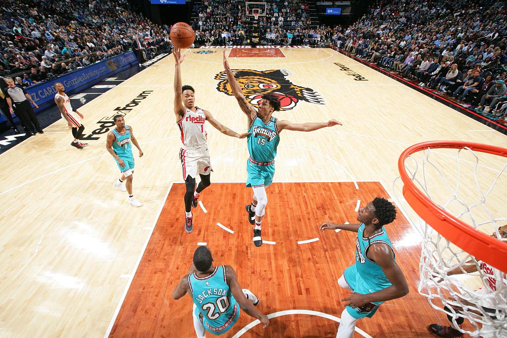 赛季新高!安芬尼-西蒙斯三分7中6砍下22分7篮板
