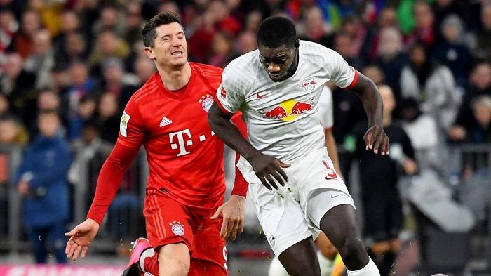 前主帅:乌帕梅卡诺能够为顶级球队效力,能在拜仁立足