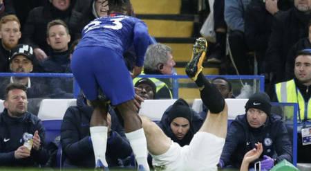 切尔西战曼联裁判观察:马奎尔应吃牌,蓝军进球被吹无误