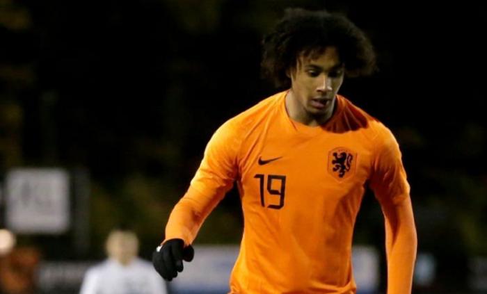 前荷兰国脚:拜仁小将齐尔克泽应当在荷兰队获得机会