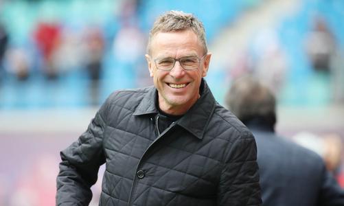 瑞典媒体:朗尼克今夏执教米兰并兼任体育总监,签约3年