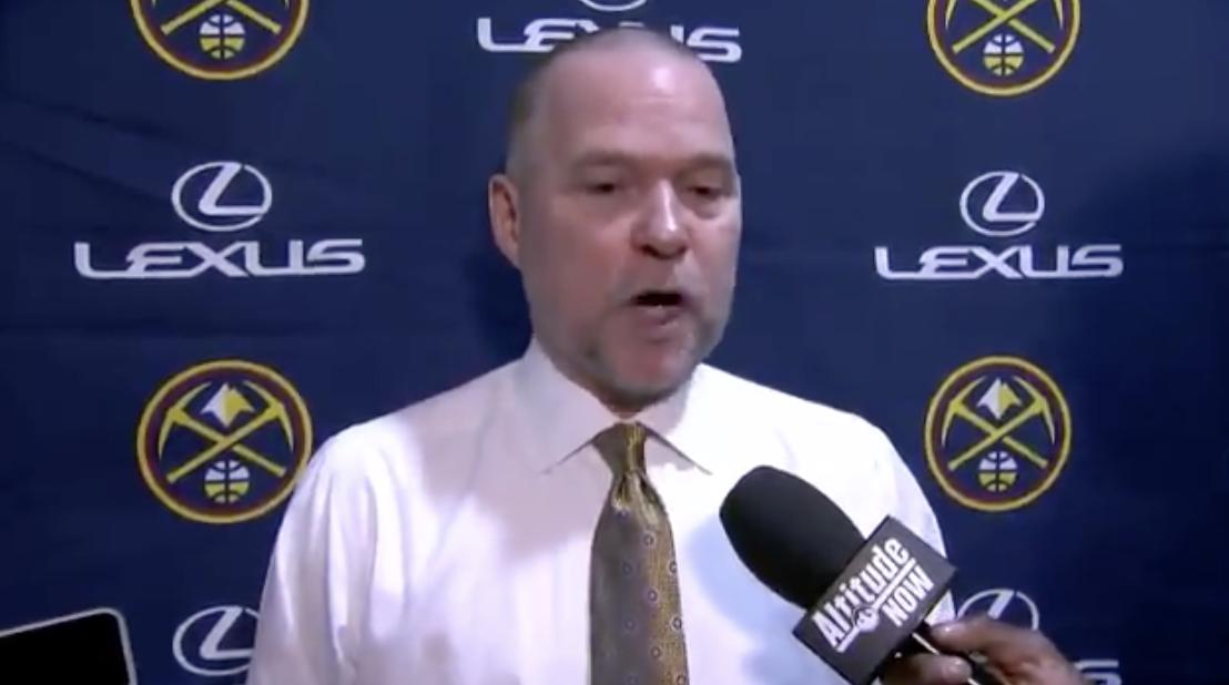 马龙:默里勇于承担上一场比赛的失利,时刻严格要求自己