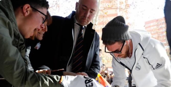 防控新冠疫情,皇马取消本周联赛客场的球员见面签名活动