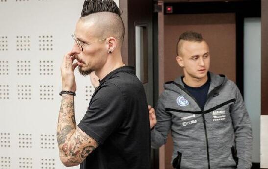 外媒:大连人外援哈姆西克入围斯洛伐克足球先生候选
