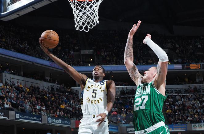丹尼尔-泰斯过去10场场均13.9分8.1篮板,命中率62.8%