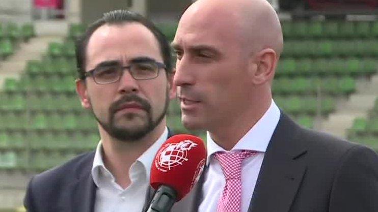 西班牙足协主席:我们在考虑本赛季就此结束的可能性