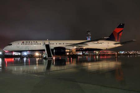 魔术CEO:爵士队搭乘过的飞机在魔术队登机前已经消毒