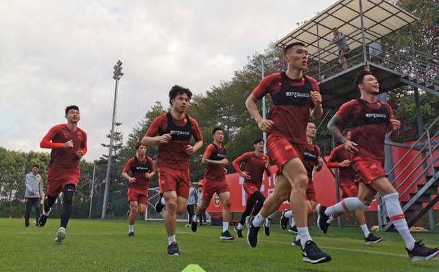 北青:国足集训增补队内对抗,国脚数据比联赛只高不矮