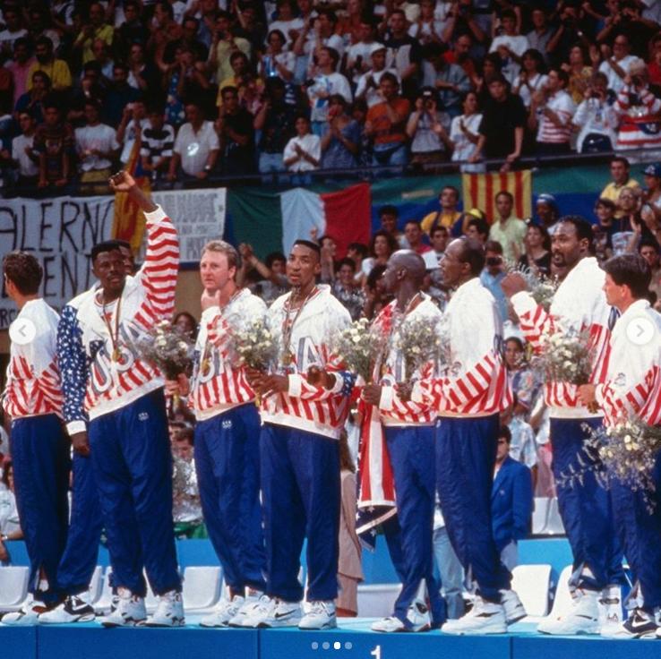 美媒晒照回顾梦一:可能永远是最好的那支奥运篮球队