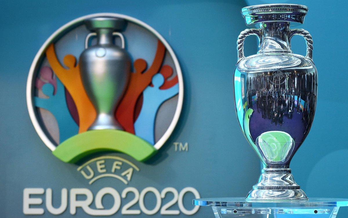 欧足联官方称本届欧洲杯仍被称为2020欧洲杯,后又撤回