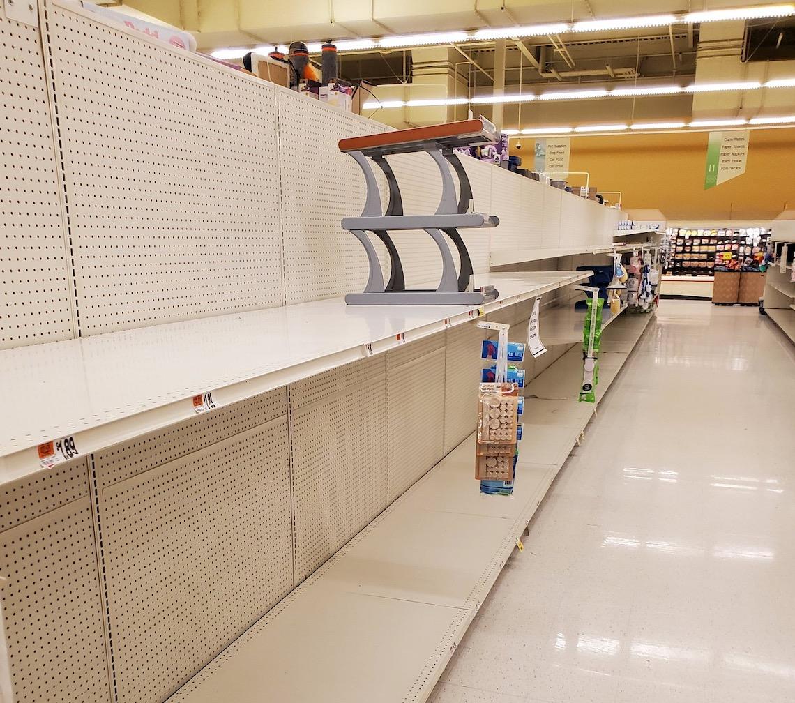 欲哭无泪!记者发推抱怨:去了7家超市,卫生纸全没了