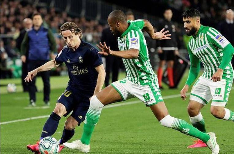 邮报:西班牙足协贷款4.5亿英镑帮助困境中的俱乐部