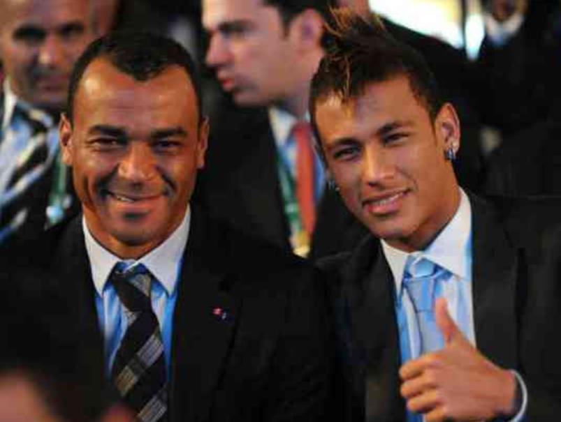 卡福:内马尔足球技术当世第一,他需带领巴西队争取荣耀