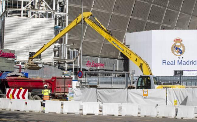 伯纳乌球场翻新并未因疫情而暂停,且不受政府法令干预