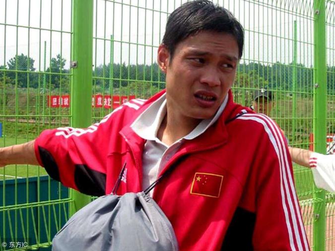 忆往昔峥嵘岁月稠!范志毅回忆为亚洲杯拒绝利物浦