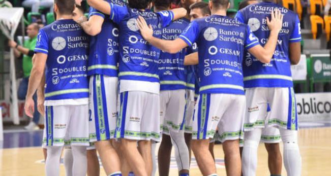 意大利篮球俱乐部萨里迪纳摩宣布与球员达成降