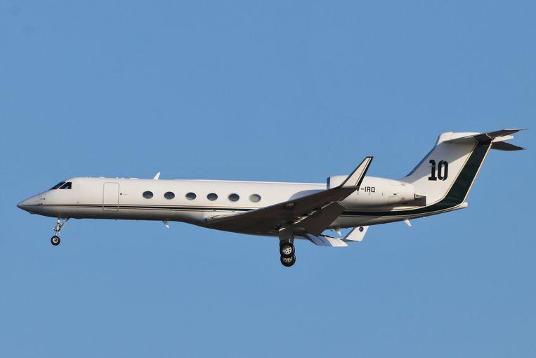 梅西私人飞机紧急迫降布鲁塞尔机场,尚不清楚机上人员