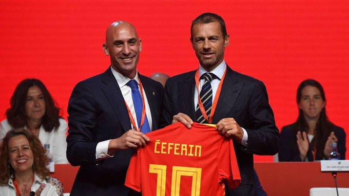 欧足联要求8月3日各国提交下赛季欧战名单,即使无法完赛