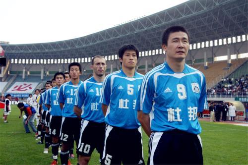 甲A名宿:一些外教想实行新老交替,但年轻球员顶不上