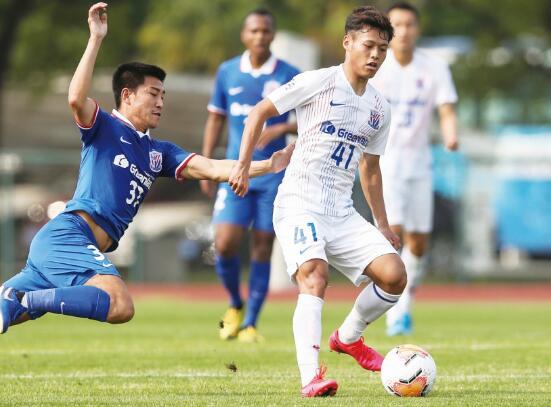 记者:何龙海仍属日本湘南海洋球员,试训申花未签约