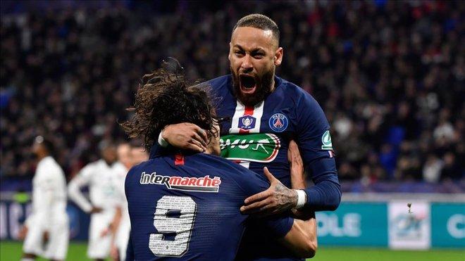 每体:降薪成巴黎和内马尔新的分歧,巴萨只考虑球员交换
