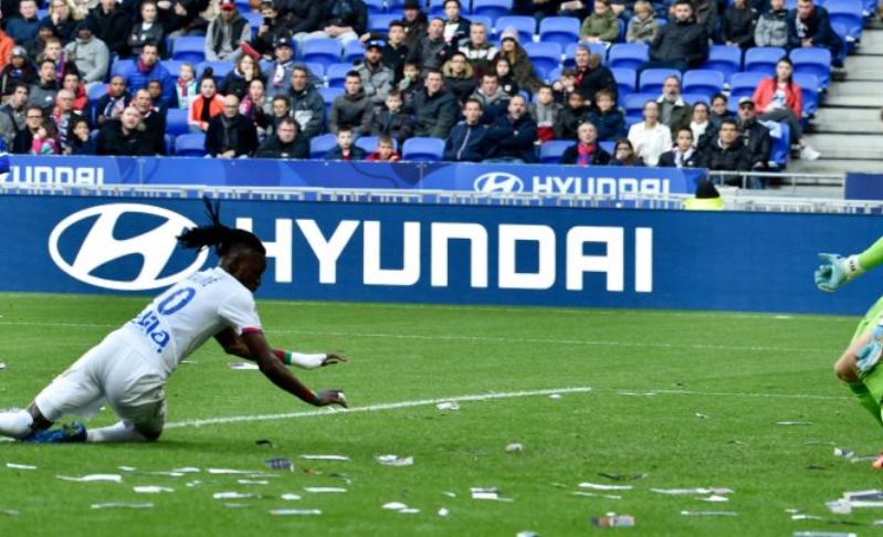 队报:特拉奥雷想今夏离开里昂,拜仁、纽卡等队此前有意