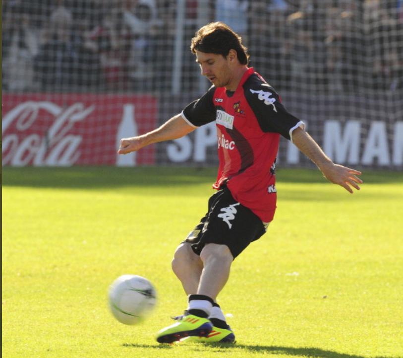 梅西表哥:希望梅西职业生涯末期能回归阿根廷踢球