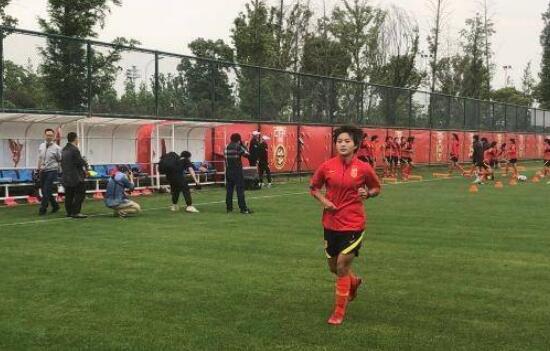 王霜:77天没有足球的日子,感觉自己就像是退役了
