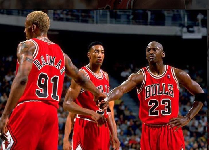 98年公牛夺冠队内季后赛得分助攻篮板第一下赛季均未归队
