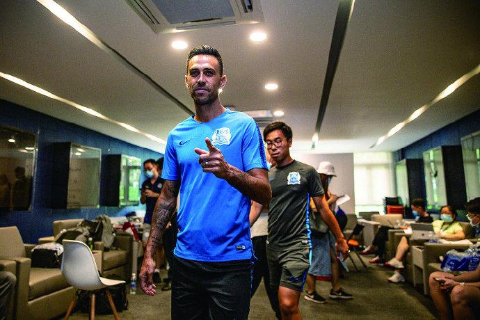 足球报:富力2020目标进争冠组,桂宏范云龙将租借贵州