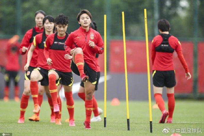 记者:模拟奥预赛,中国女足对阵苏宁U16一胜一平占上风
