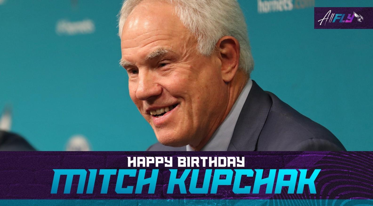 黄蜂官推:和我们一起祝球队总经理库普切克生日快乐!