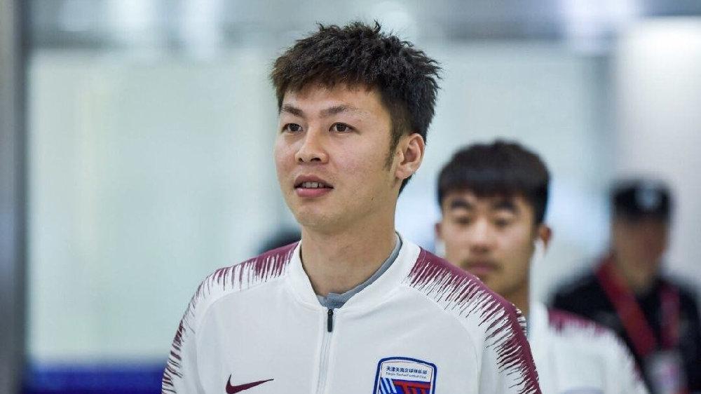 足球报:深足与糜昊伦签约四年,刘越张源在试训