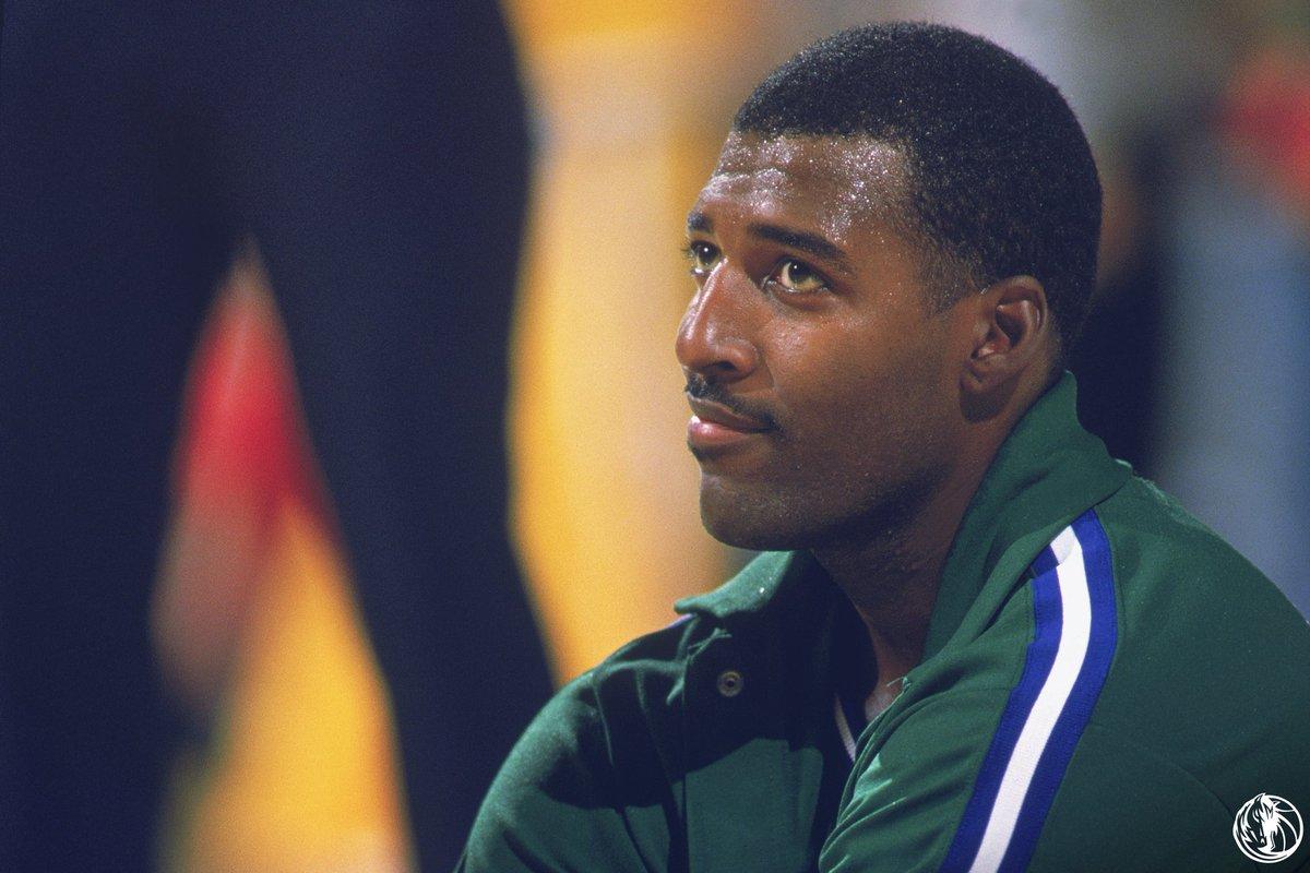 32年前的今天,塔普利西决替补出场得到双二十,历史唯一