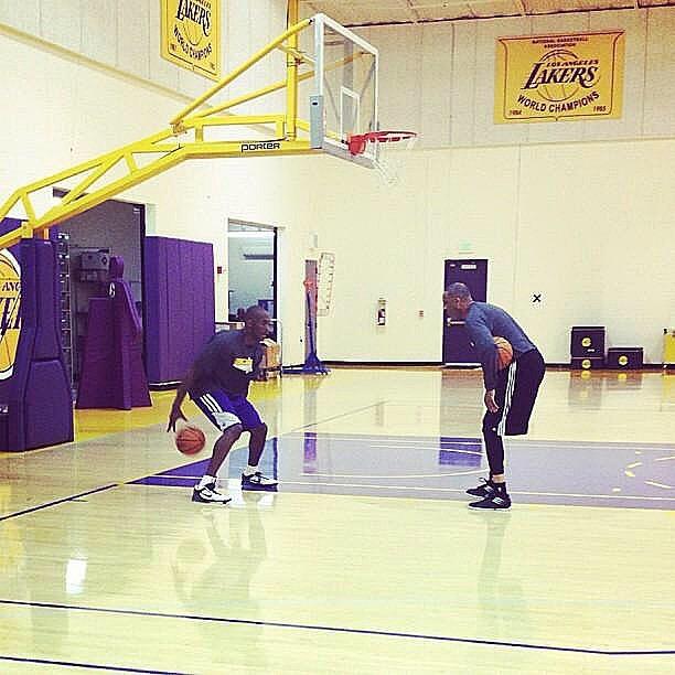 湖人助教汉迪:科比是我成为NBA教练的唯一原因和动力