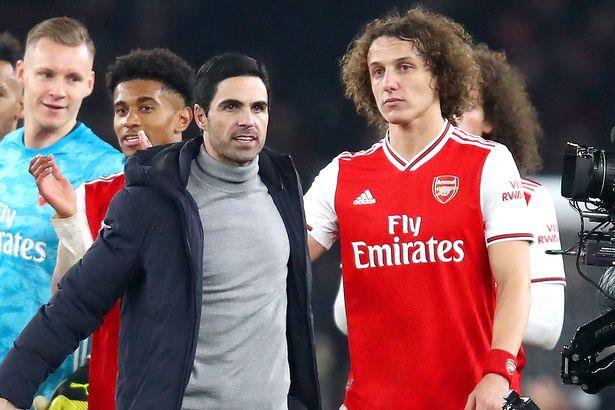 镜报:阿森纳准备与路易斯续约一年,但球员需接受降薪