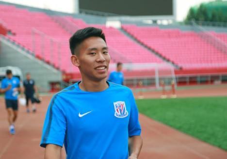 国青球员违纪外出有先例,周俊辰曾因组织聚餐被禁赛