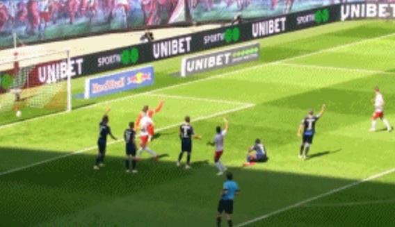 GIF:取得领先!维尔纳助攻希克破门,莱比锡1-0帕德博恩
