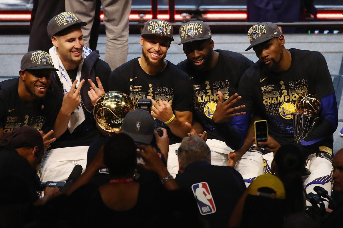 前年的今天:勇士卫冕成功,四个赛季三次夺冠